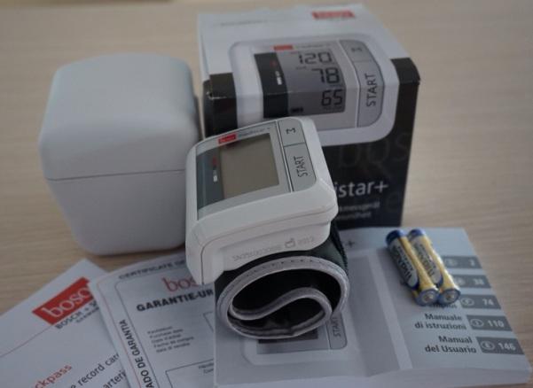 Máy đo huyết áp cổ tay tự động boso medistar+