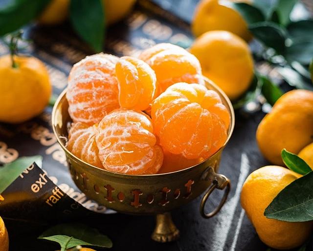 Nên bổ sung vitamin C như thế nào để tăng cường sức đề kháng trong mùa dịch Covid?