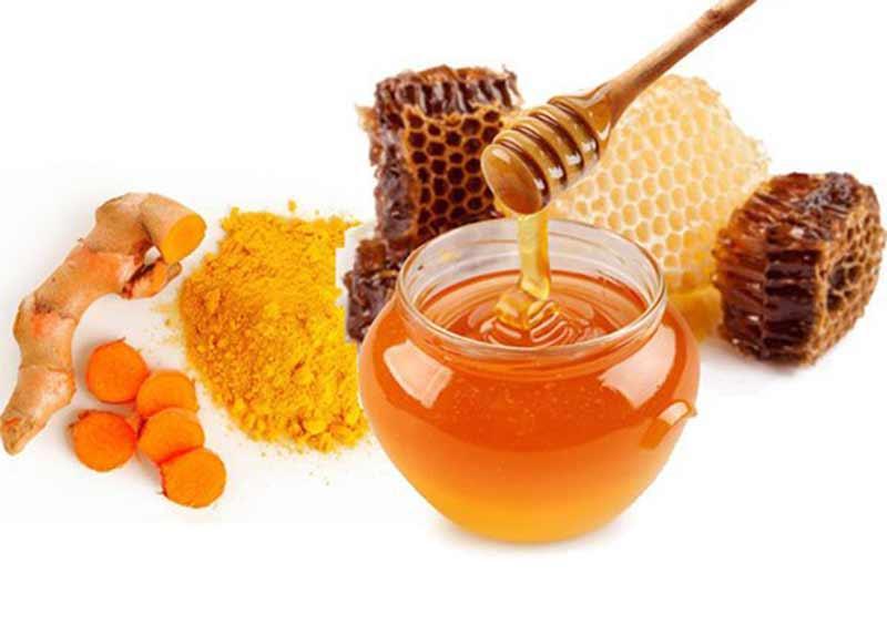 Lợi ích diệu kỳ khi bạn uống nghệ với mật ong